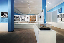 "Robert Moses<br/><span class=""sub"">Museum of the <br/>City of New York</span>"